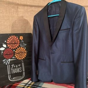Other - Stunning young men's suit Navy Blue